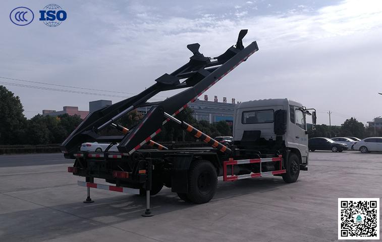 东风天锦180马力背罐车